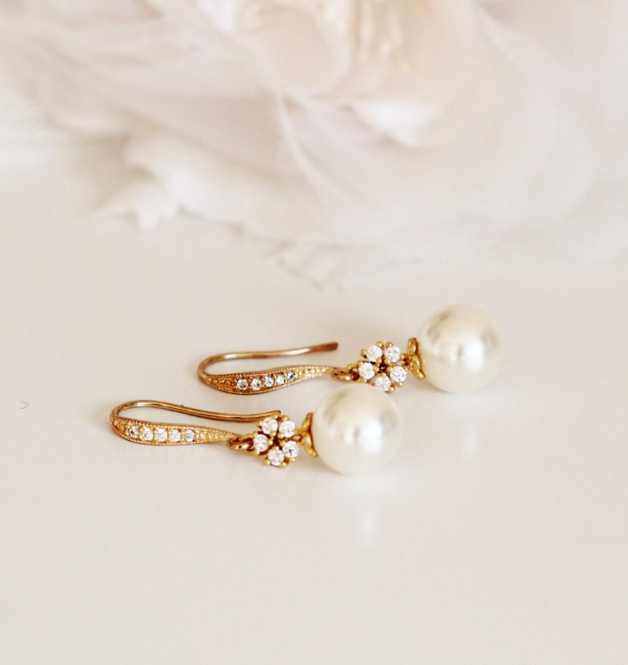 Mariage - Gold Bridal Earrings Cream Pearl Earrings Gold Wedding Earrings Bridesmaid Earrings Gold Dangle Earrings Bridesmaid Gifts