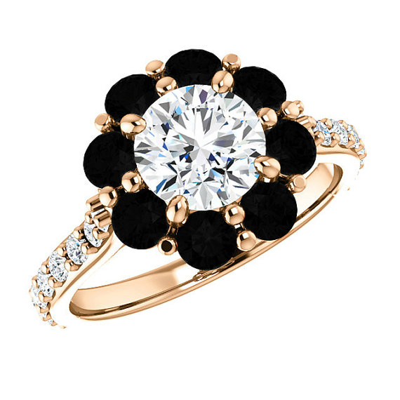 Forever e Moissanite Black Diamond Halo & White Diamond