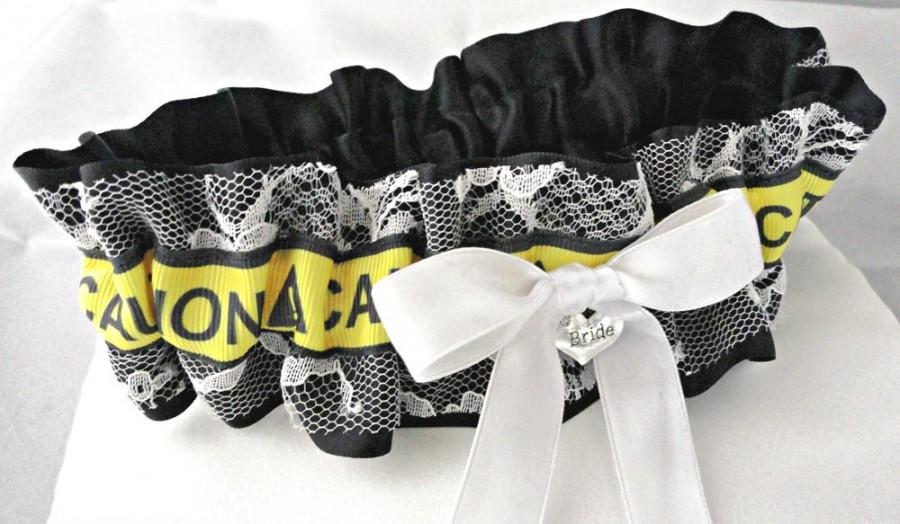 Свадьба - Set of 2 Lace  Bachelorette Party Garters-Bride-Maid of Honor-Maids & Mothers Available-Bridal Party Gifts-Bachelorette Party-Las Vegas Fun