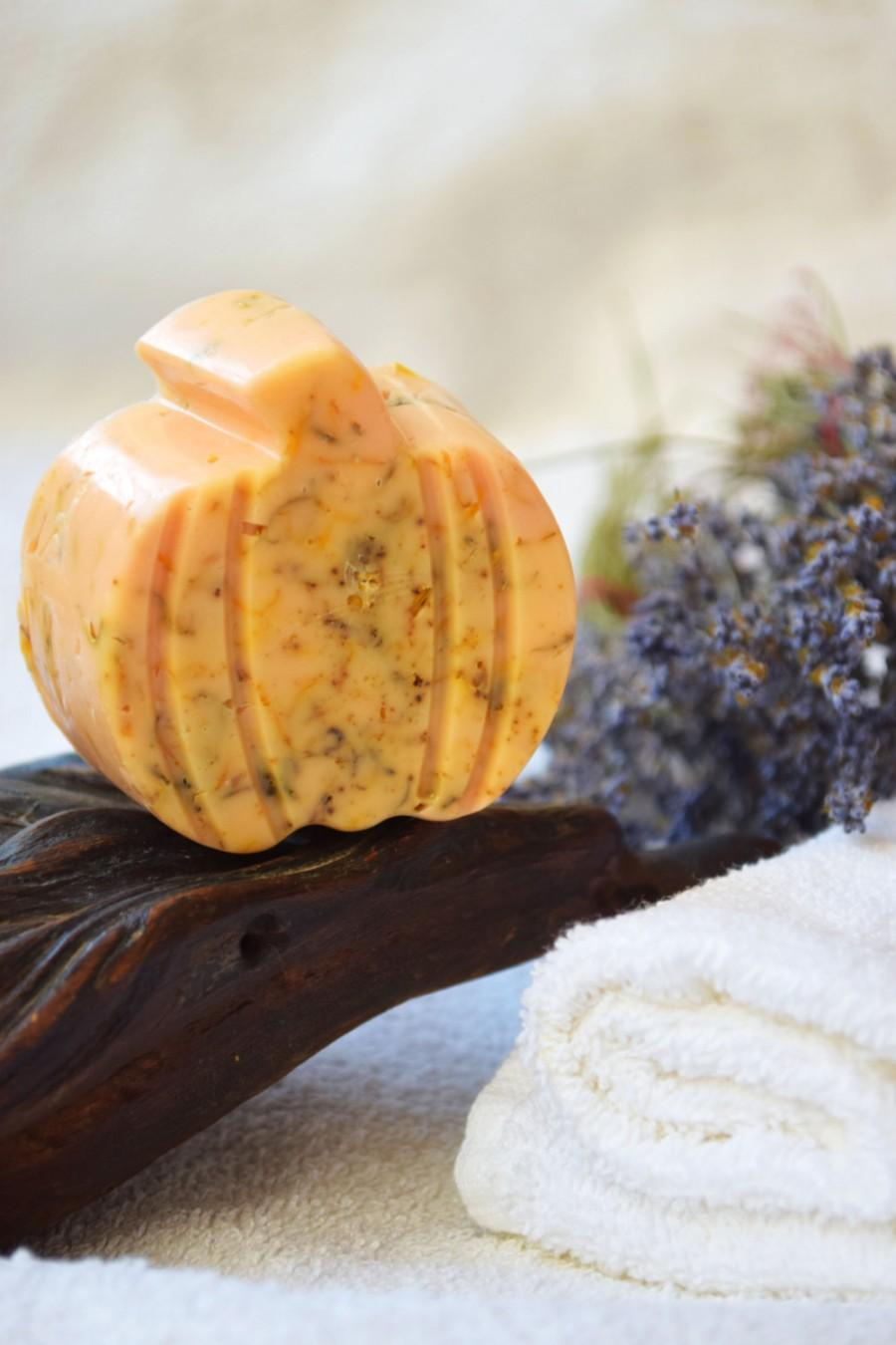 pumpkin vegan soap, halloween party favors, halloween decoration