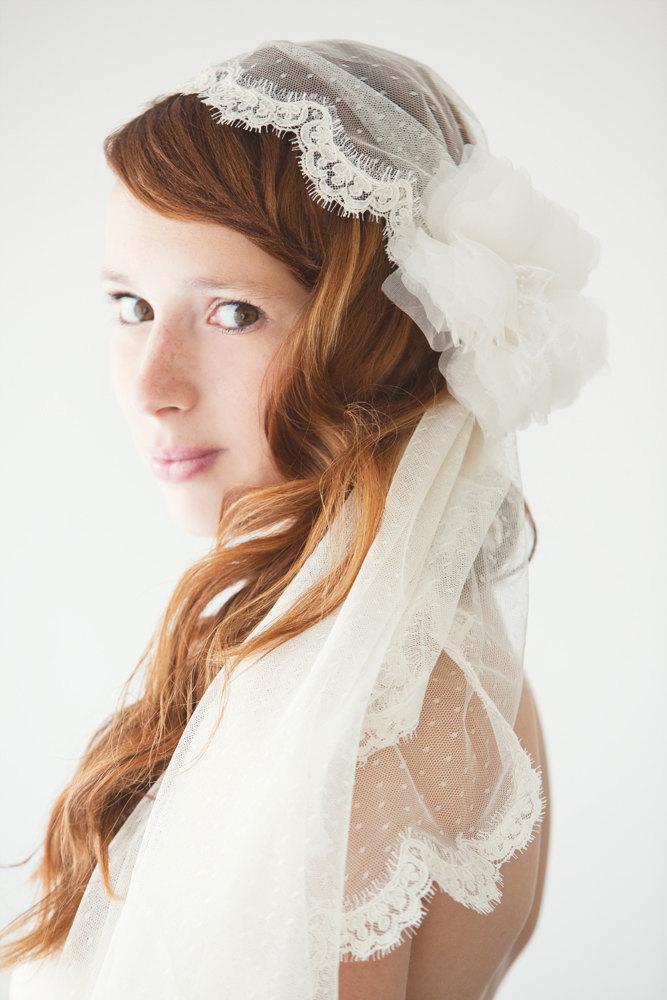 Mariage - Wedding Veil, Bridal Veil, Swiss Dot Veil, Lace Mantilla Veil, Mantilla Veil, Corded Lace Veil, Ivory Veil, Dotted Veil - Lovely