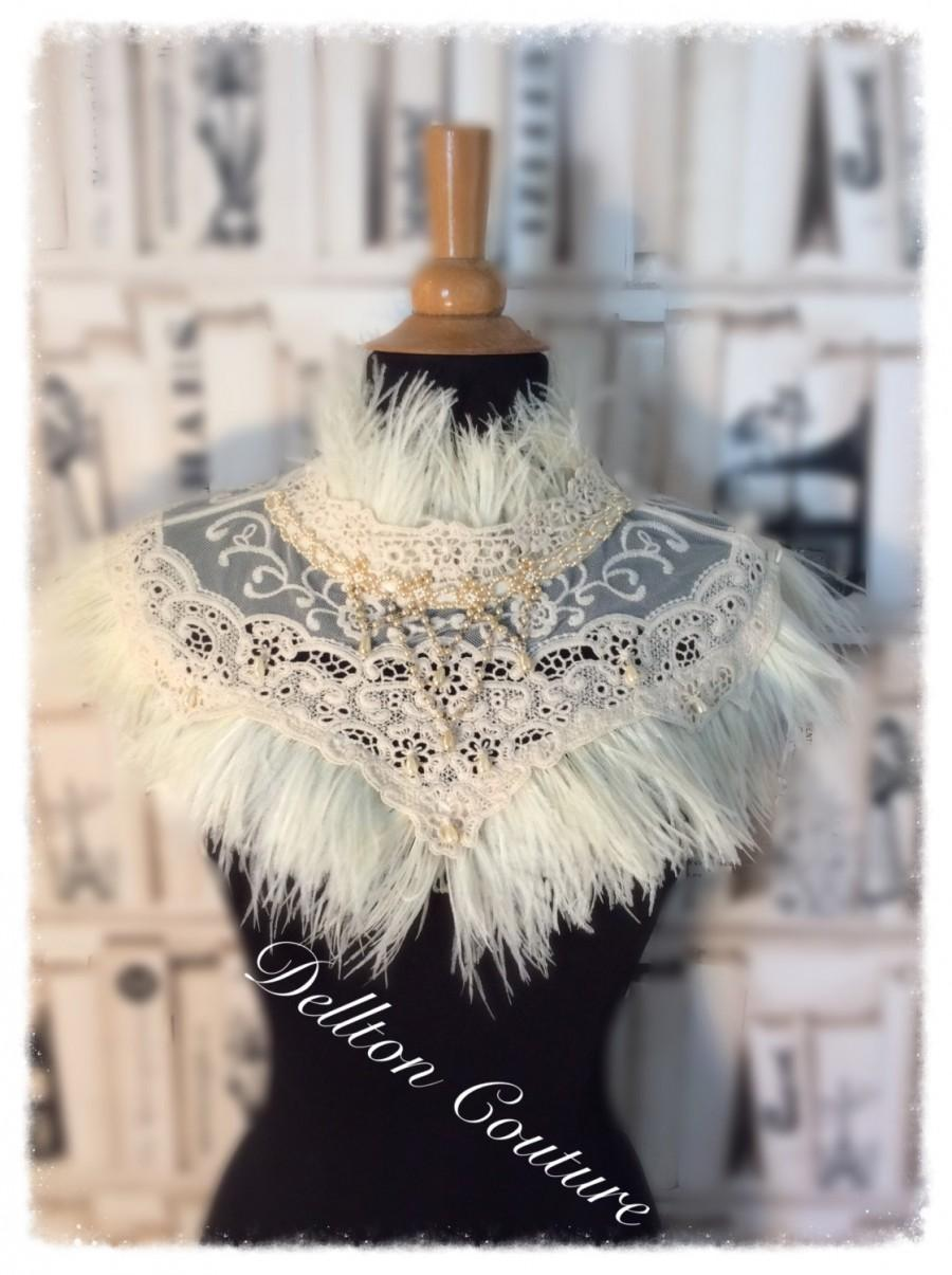 Mariage - Lace and Ostrich Feather Cream Capelet Victorian, Steampunk