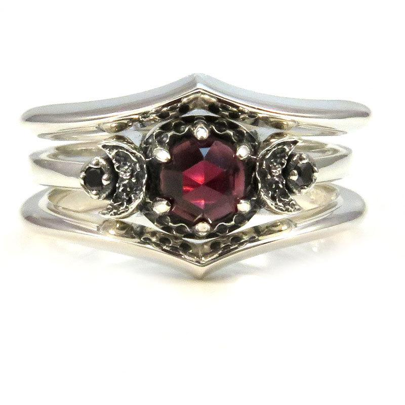 Red Garnet And Black Diamond Crescent Moon 3 Ring Engagement Set Stacking S