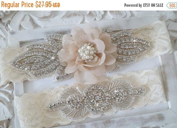 Свадьба - 15% Sale Rustic Garter Set, Ivory Wedding Garter Set, Lace Bridal Garter, Rustic Wedding Garter Set, Rustic Wedding -Style 820