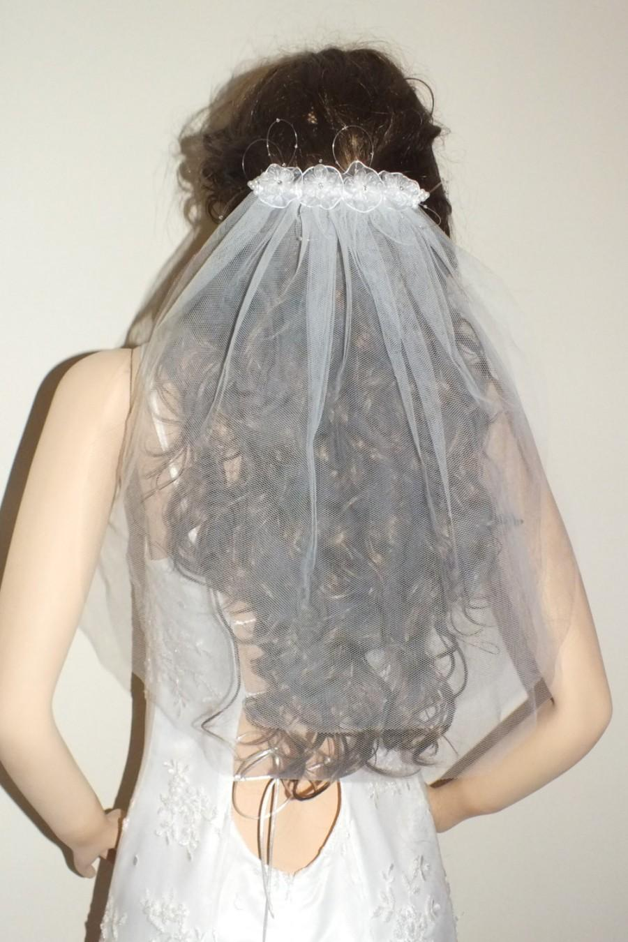 Свадьба - Bridal veil, traditional veil, tulle veil, summer veil, short veil, flower veil,First Communion Veil