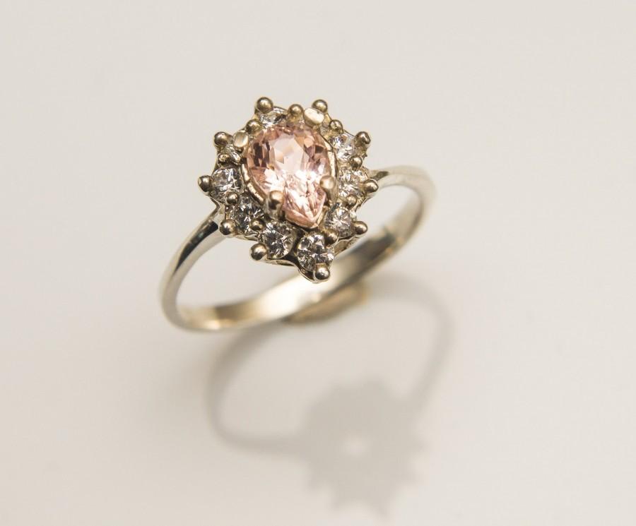 Mariage - Salmon Pink Morganite Ring Morganite Engagement Ring Gold Morganite RIng Pear Cut Morganite Halo 14K White Gold Ring