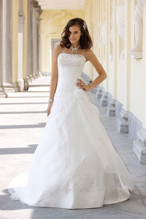 Designer Trouwjurk.Pretty Designer Dress 2585463 Weddbook