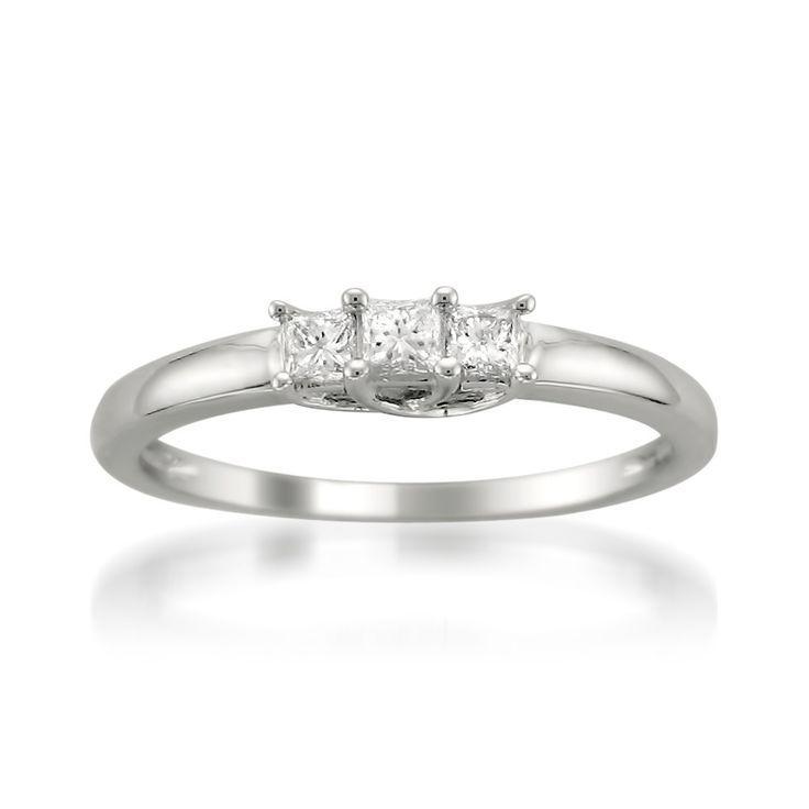 Hochzeit - Montebello 14k White Gold 1/4ct TDW Three Stone Princess Cut Diamond Ring (H-I, I1) By Montebello Jewelry