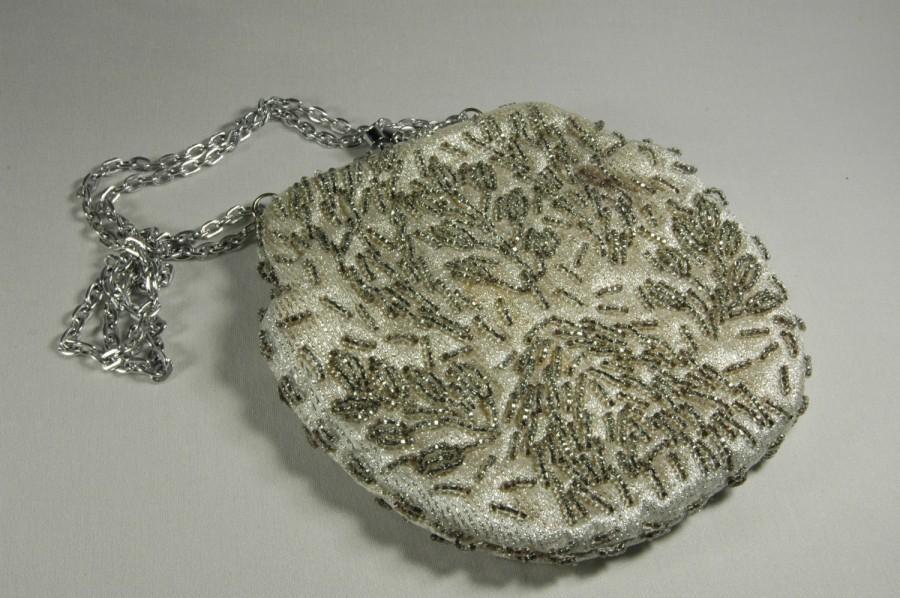 Свадьба - Handbag Purse White Brocade Silk With Silver Beading Vintage 1950s White Silver Evening Bag Estate Collectors Handbag VintIcon