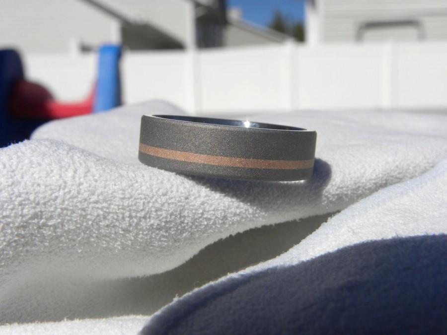 Mariage - Titanium Ring with Rose Gold Offset Stripe Inlay, Wedding Band, Sandblasted