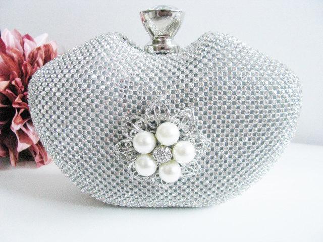 Wedding - Hard Case Fabric Wedding Bag Clutch Formal Evening Bag with Crystals Accent Brooch fashion bag