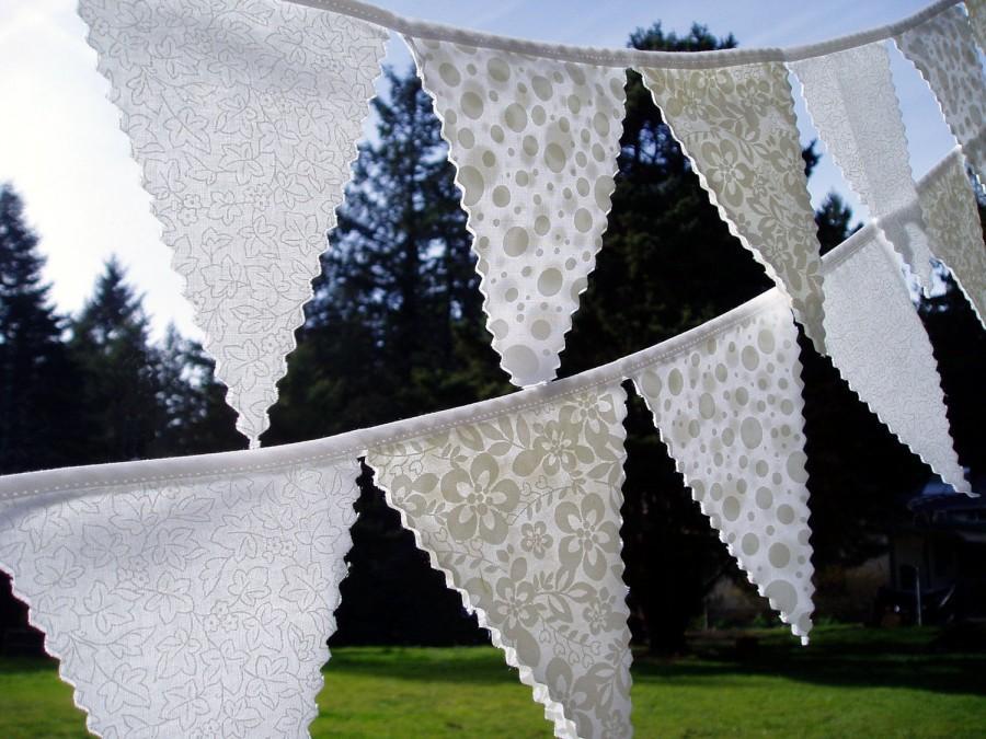 Свадьба - Simply Pretty White Wedding Bunting Flag Set- 2 strands