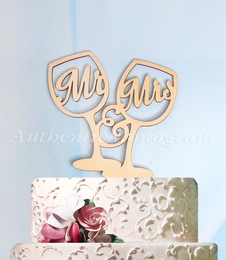 Mariage - Mr & Mrs Cake Topper, Wedding Cake Topper, Wedding decor, wedding champagne glasses, Unpainted