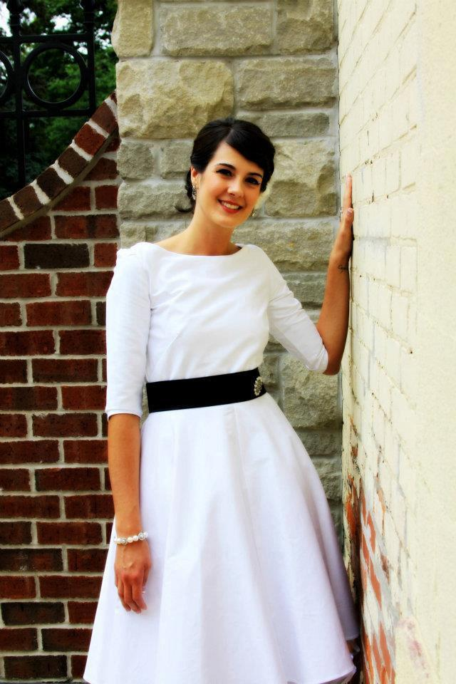 2 in 1 white dress ith pockets