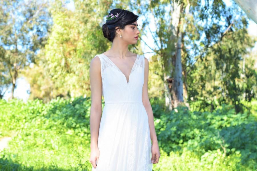 Wedding - Natalie - Romantic wedding dress with lace top and chiffon skirt, boho wedding dress, backless  wedding dress, beach wedding dress