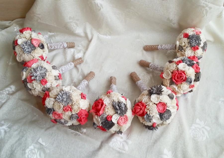 Mariage - SET OF 4/5/6/7 Small ivory grey Coral rustic wedding BOUQUETS sola Flowers, Burlap Handle, Flower girl, Bridesmaid, roses vintage custom