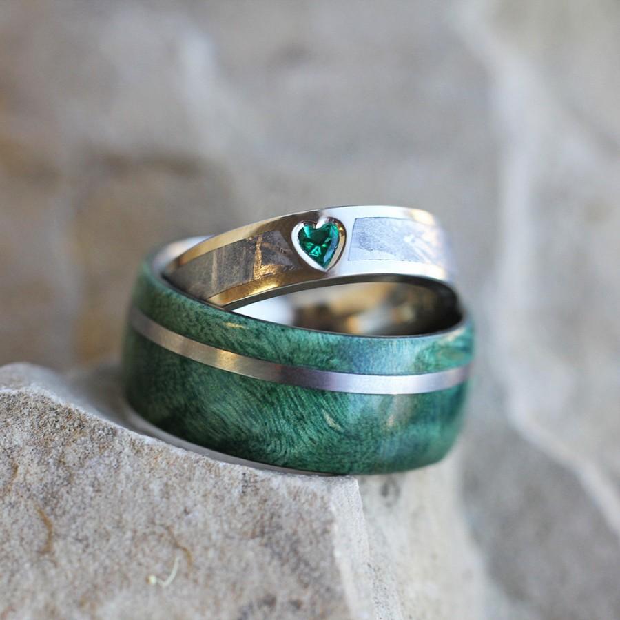 Unique Wedding Ring Set Rustic Bridal Set With Green Box Elder Burl