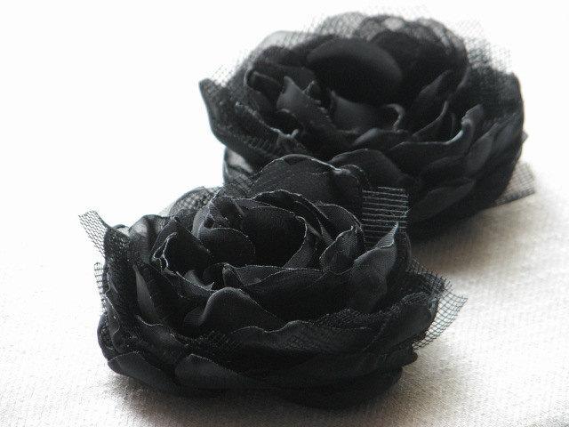 Wedding - Black hair flower Black hair clips Black peonies Black headpiece Black hair peony clips Halloween black flower Gift for her Black flower