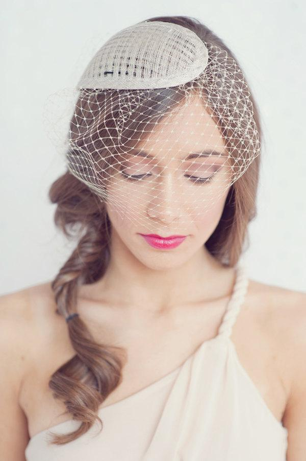 Свадьба - Simple tear drop hat with attached birdcage blusher veil
