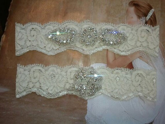 Mariage - Wedding Garter, Bridal Garter, Garter Set - Crystal Rhinestone on a  Ivory Lace - Style G2046