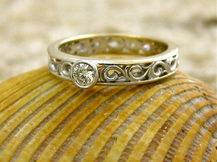 Свадьба - Diamond Engagement Ring in Two-Tone 14K White & 14K Yellow Gold with Scroll Work Size 5