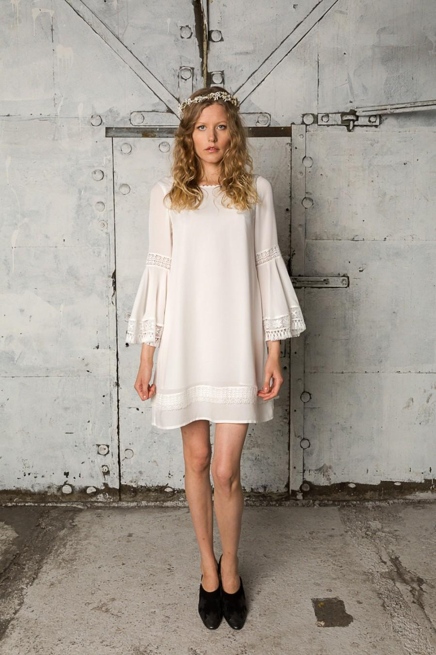 20's Inspired Bohemian Wedding Dress With Billowy Sleeves ...