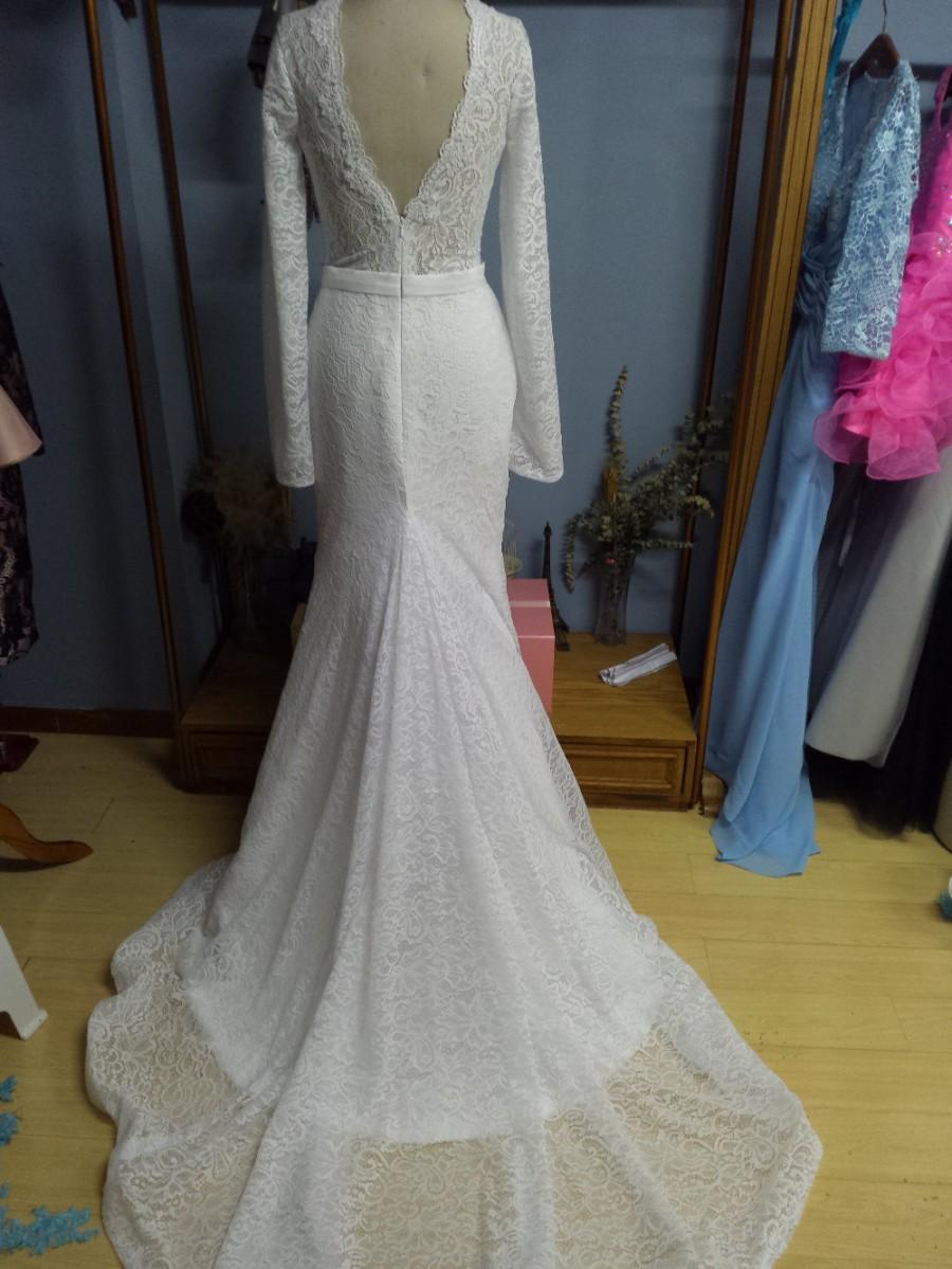 Aliexpress Com Buy O Neck V Back Long Sleeves Trumpet Mermaid Lace Wedding Dresses With Belt From Reliable Wedding Dress Red Flowers Suppliers On Gama Wedding Dress 2587243 Weddbook