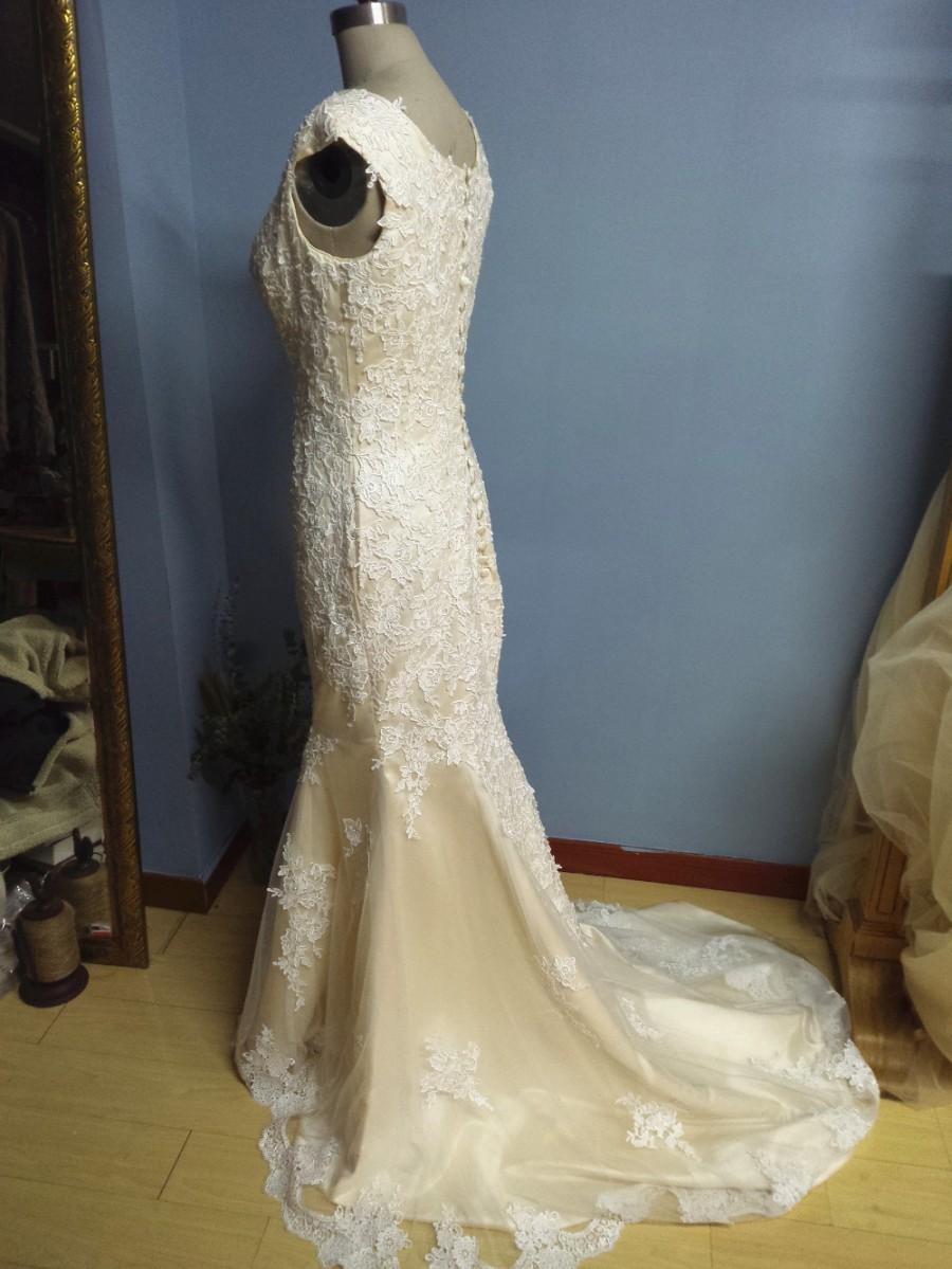 140686bbfcf Aliexpress.com   Buy Square Neck Champagne Mermaid Wedding Dresses with  Scalloped Lace Trim from Reliable dress up time prom dresses suppliers on  Gama ...