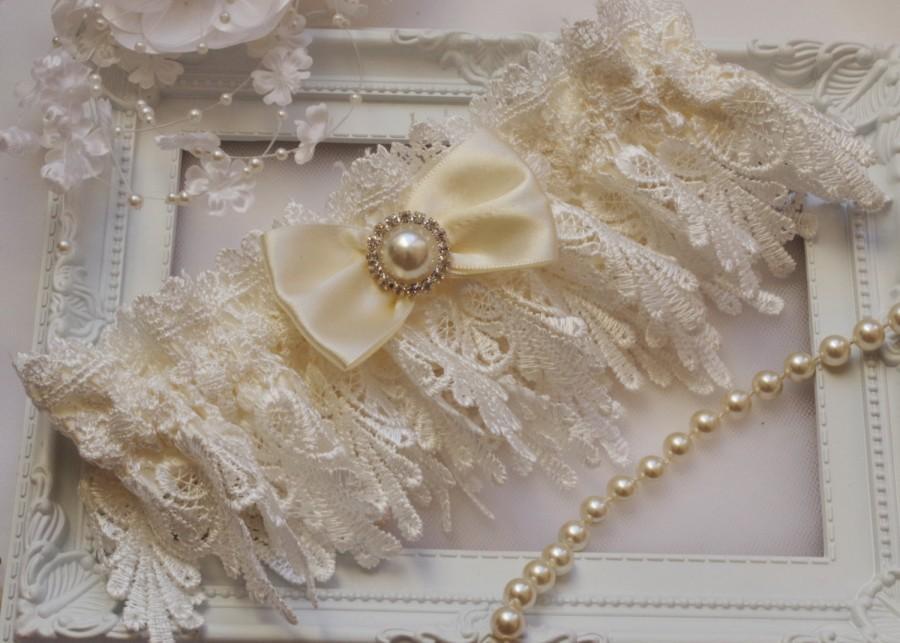 Wedding - Ivory Wedding Garter Bridal Garter Lingerie Garters Bridal Garters Venice Wedding Lace Ivory Garter Vintage Bridal Garter Rustic Wedding