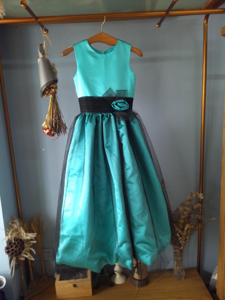 Aliexpress buy o neck floor length emerald satin flower girl aliexpress buy o neck floor length emerald satin flower girl dress with black tull overlay from reliable dresses for big girls suppliers on gama izmirmasajfo