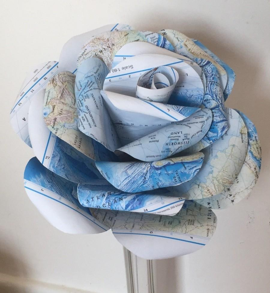 Mariage - Giant 'Atlas' paper rose, giant paper flower, paper rose, wedding centrepiece, wedding flowers, paper flowers, home decor, wedding decor
