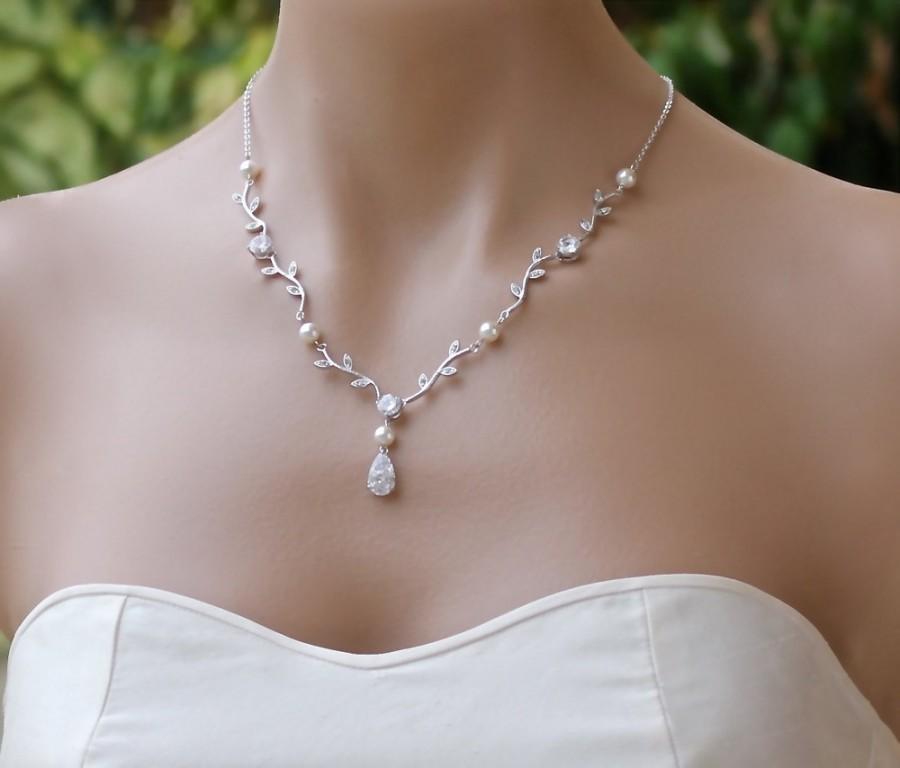 Mariage - Vine Bridal Necklace,  Crystal Vine Wedding Necklace,  Vine Wedding Jewelry, Bridesmaid Necklace VINE