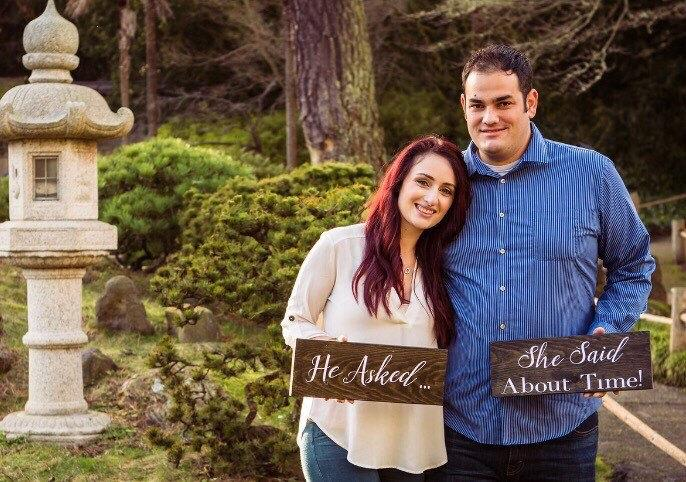 Mariage - 2pc Wooden Wedding Sign/He Asked I Said About Time! Sign/Wedding Photography Prop - MULTIPLE CUSTOM OPTIONS