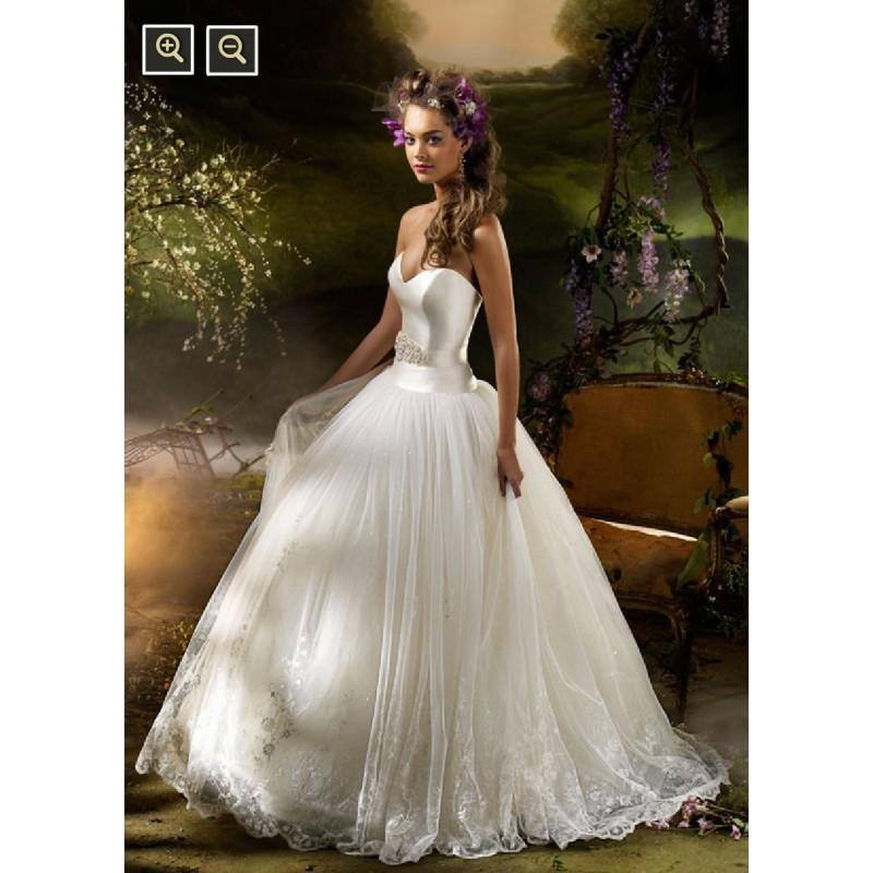 Düğün - JLM Couture LZ3007 Bridal Gown (2010) (JLM10_LZ3007BG) - Crazy Sale Formal Dresses
