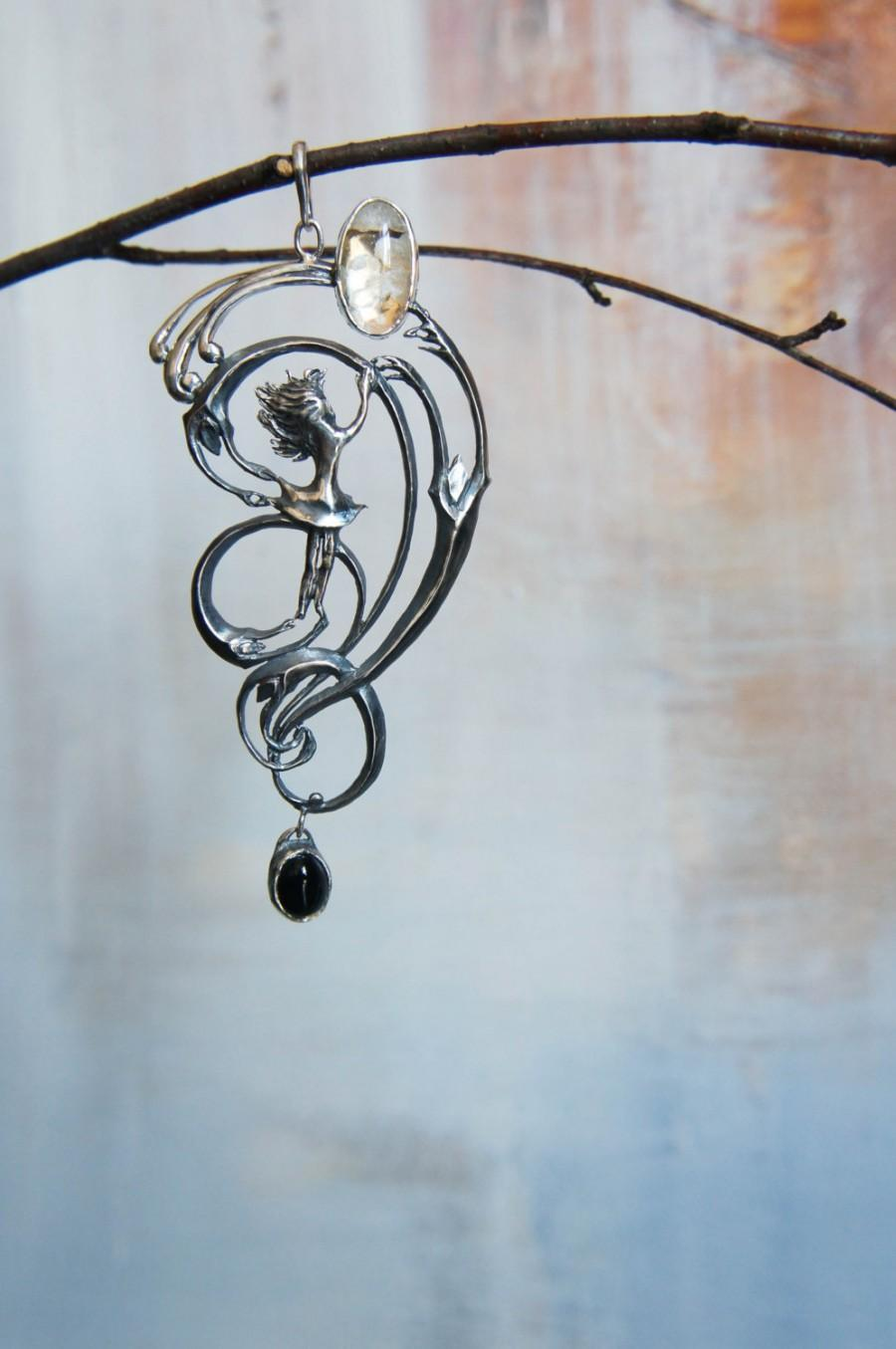 Mariage - One of a kind pendant, sterling silver pendant, unusual jewelry, swirl pendant, gift for woman, onyx pendant, unique pendant, large pendant