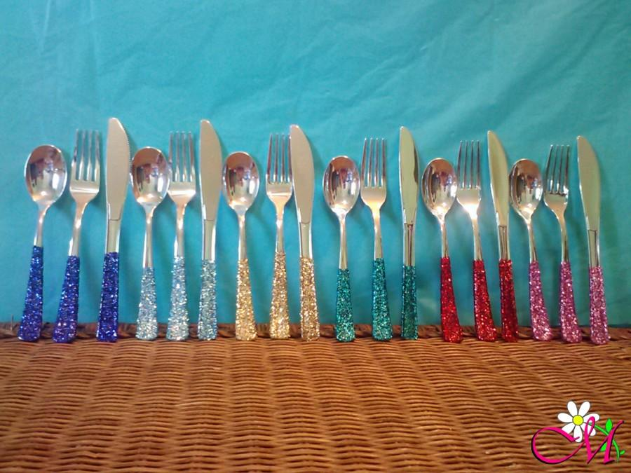 Hochzeit - Plastic Silverware, Fork/Knife/Spoon Set (Silver) Decorated with Glitter Handles (Your Choice of Color)