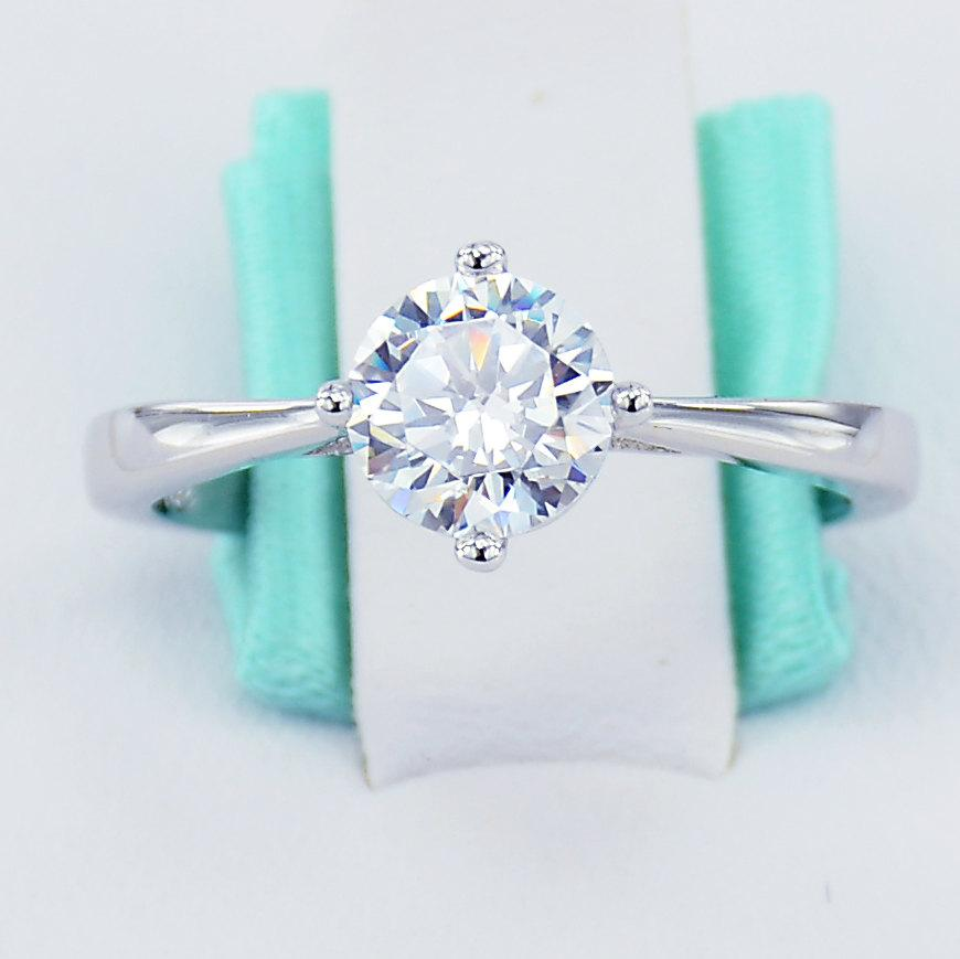 زفاف - CLOSEOUT SALE 925 Sterling Silver Simulated Diamond Cubic Zirconia CZ 6 Heart Solitaire Prong Women's Engagement Promise Ring
