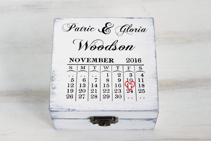 Свадьба - Wedding Ring Box Save the Date Ring Bearer Box Personalized Wedding Box Ring Keepsake Box Calendar Wedding Ring Box Custom Wedding Holder