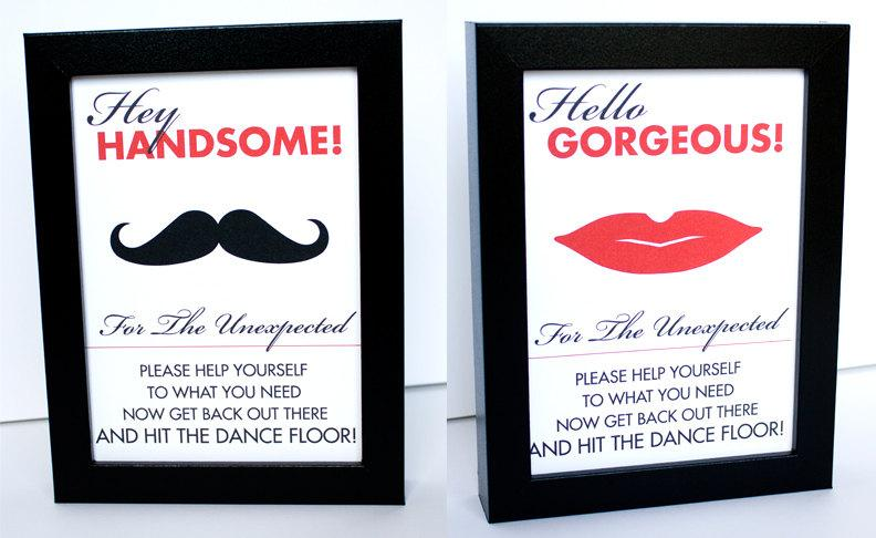 Mariage - Restroom Sign Toiletries Basket Printable Reception Sign DIY You Print 5x7 4x6 8x10 Madly Modern Red Black and White