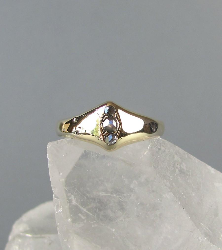 Hochzeit - ANTIQUE foiled rose cut diamond ring, one of a kind engagement ring, diamond trilogy ring, solid gold late Georgian early Victorian ring.