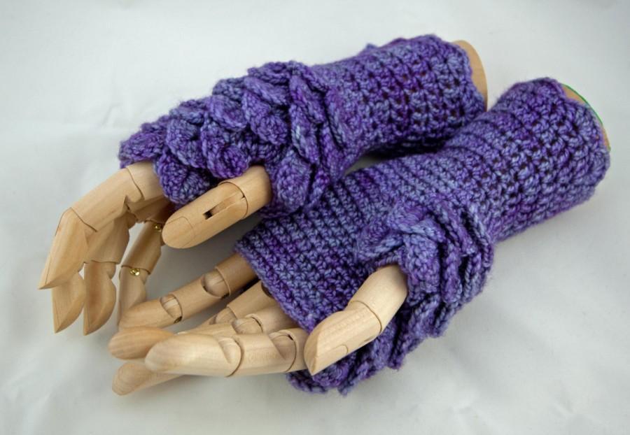 crochet pattern fingerless gloves dragon scale game of thrones