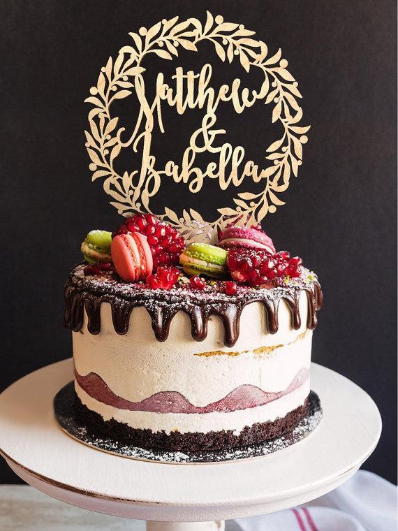 Mariage - Wedding Cake Topper Custom Names Personalized Name Wood Cake Topper Rustic Wedding Cake Topper