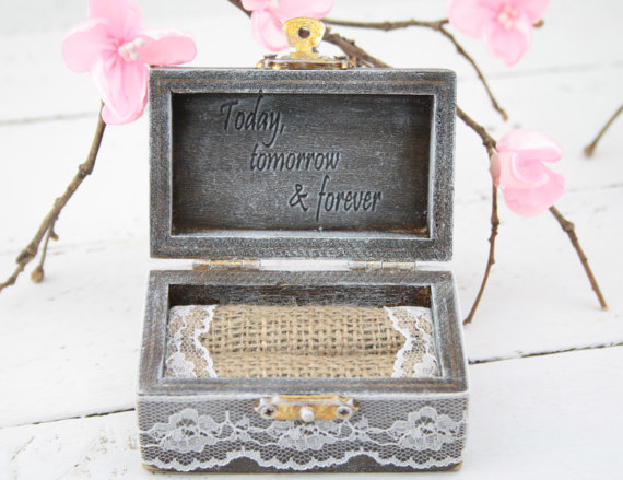Wedding - Ring Bearer Box, Wedding/Engagement Ring Box, Personalised Wedding Ring Box, Ring Bearer Pillow,Rustic Wedding Ring Holder,Pillow Bearer Box