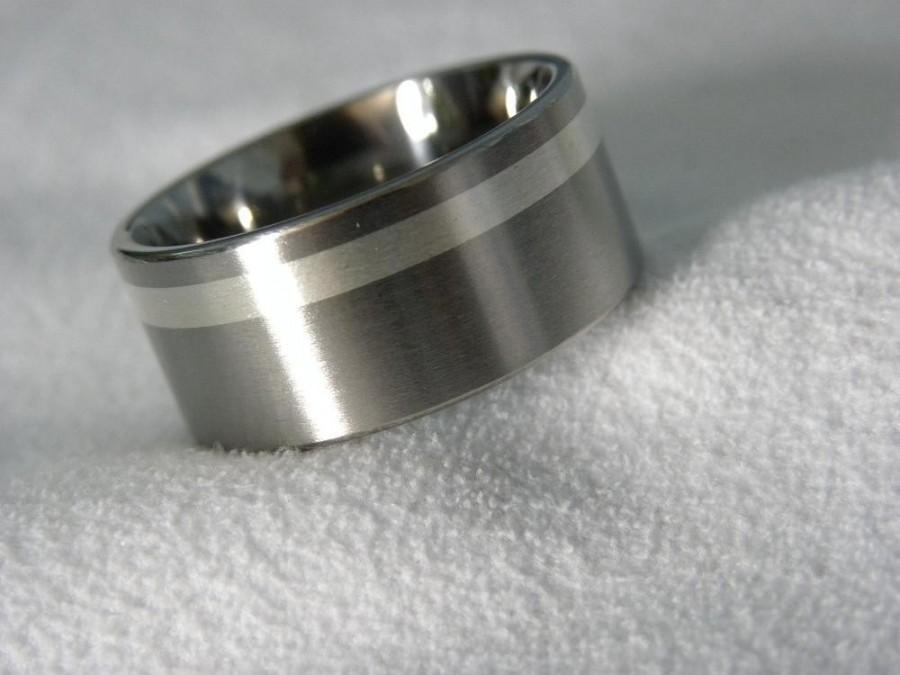 زفاف - Titanium Ring with Offset 2mm Silver Inlay, Wedding Band AX89
