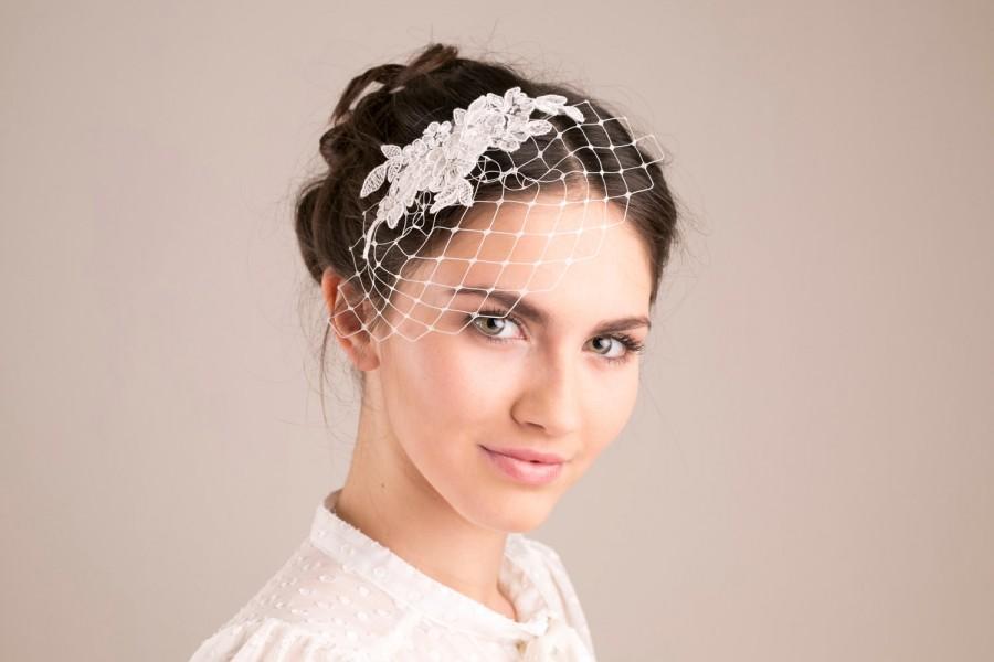 Hochzeit - Ivory lace birdcage, petite birdcage veil, wedding birdcage