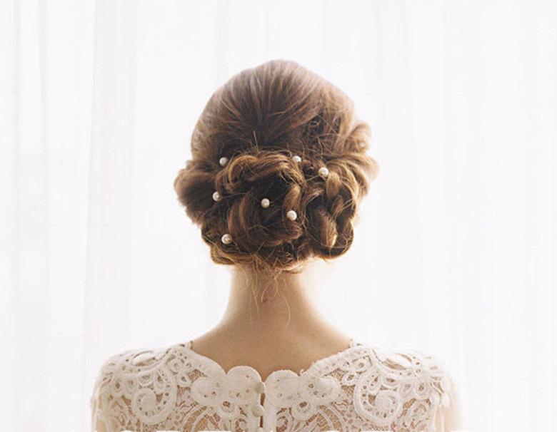 Mariage - Pearl hair pin, Bridal Hair pin, Golden hair pins, Wedding hair accessories, Flower hair pins, Pearl bead hair pin, Pearl bobby pins