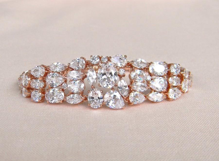 Свадьба - Rose Gold Bridal Bracelet, Crystal Wedding Bracelet, Swarovski Bridal jewelry, Wedding Jewelry, Long Bridal Earrings, Keelin Bridal Bracelet
