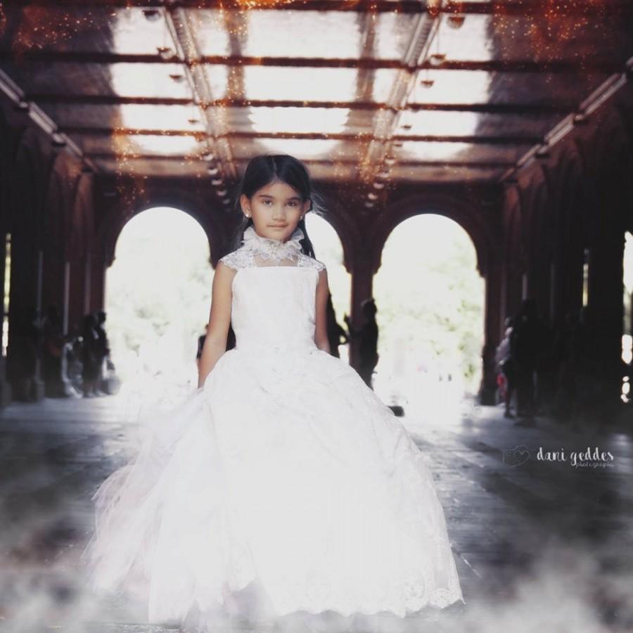 Mariage - White Lace Dress Flower Girl Dress Ivory Dress White Dress Tulle Dress Party Dress Birthday Dress Toddler Tutu Dress Girls Dress