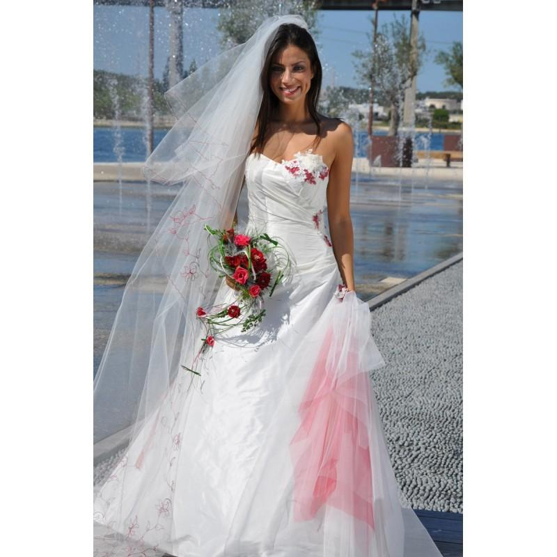 Wedding - Les Mariées de Provence, Osanna - Superbes robes de mariée pas cher