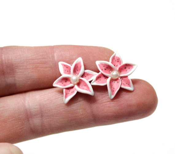 Wedding - Stargazer lily Tiger Lily Earrings, Lily Jewelry, Small Flower Stud Earrings, Pink Lily Stud Earrings, Wedding, Bridesmaids Earrings, Pink